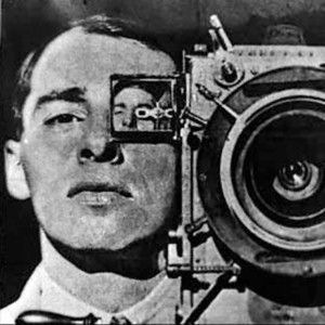 24-The_Man_With_a_Movie_Camera_1_vertov